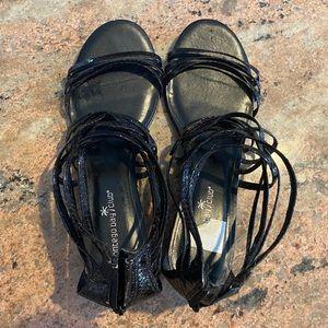 Montego Bay Shoe